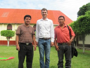Pastor of Livingston meets with representatives of Hope for the Rio Dulce